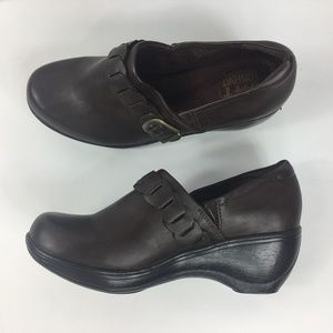 Soft Comfort Roll Along Brown Shoes 8M